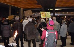 Manifestation à la Mairie - 19-11-12 (photo CNL, tous droits réservés)